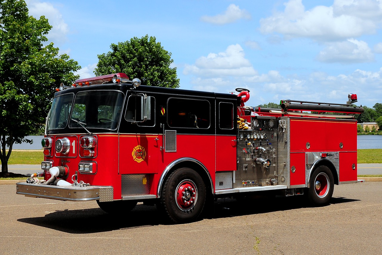 1985  Seagrave  1500/ 500  Ex-  Reading  Pa  Engine  4