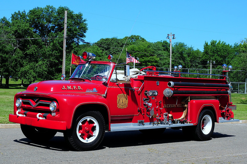Jackson Mills  Fire  Dept   1955  Ford / Great  Eastern   500/ 500