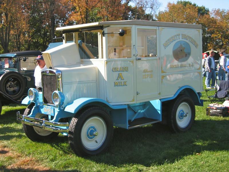 Hershey Antique Auto Show Flea Market MarkShaneJohnsonPhoto - Hershey antique car show