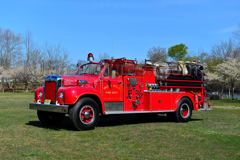 MINE HILL, NJ - 1954 MACK B MODEL 1000/1000 OWNED BY MINE HILL FIRE DEPT