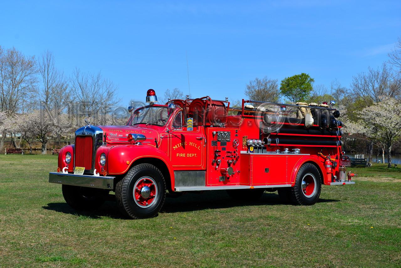 MINE HILL, NJ - 1954 MACK B MODEL 1000/1000 OWNED BY MINE HILL FIRE DEPT