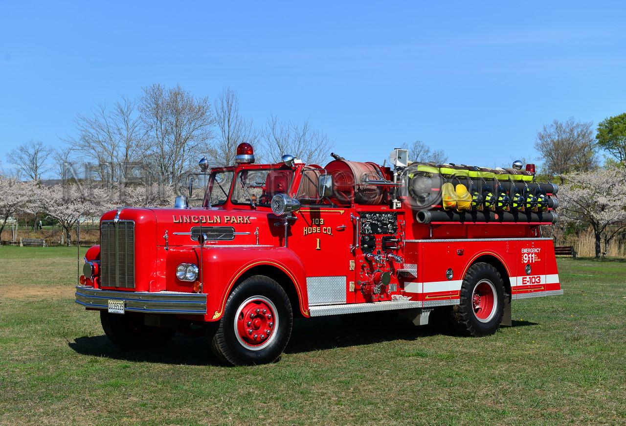 LINCOLN PARK, NJ ENGINE 103 - 1967 MAXIM S-MODEL 1000/500