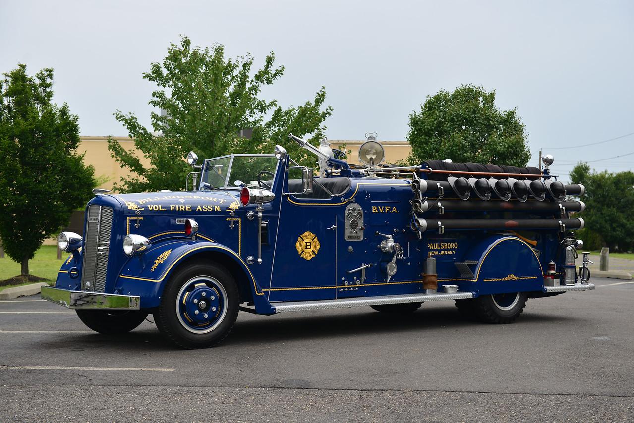 PAULSBORO, NJ (BILLINGSPORT FIRE CO.) 1949 WARD LAFRANCE 500/250