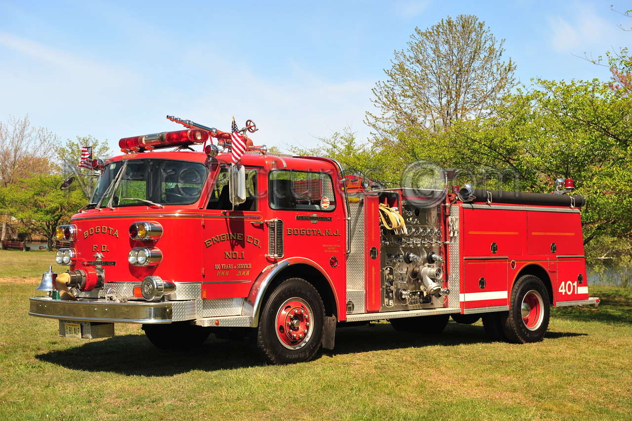 BOGOTA, NJ ENGINE 401 - 1981 AMERICAN LAFRANCE 1500/500 PRIVATELY OWNED BY LARRY ROVACK