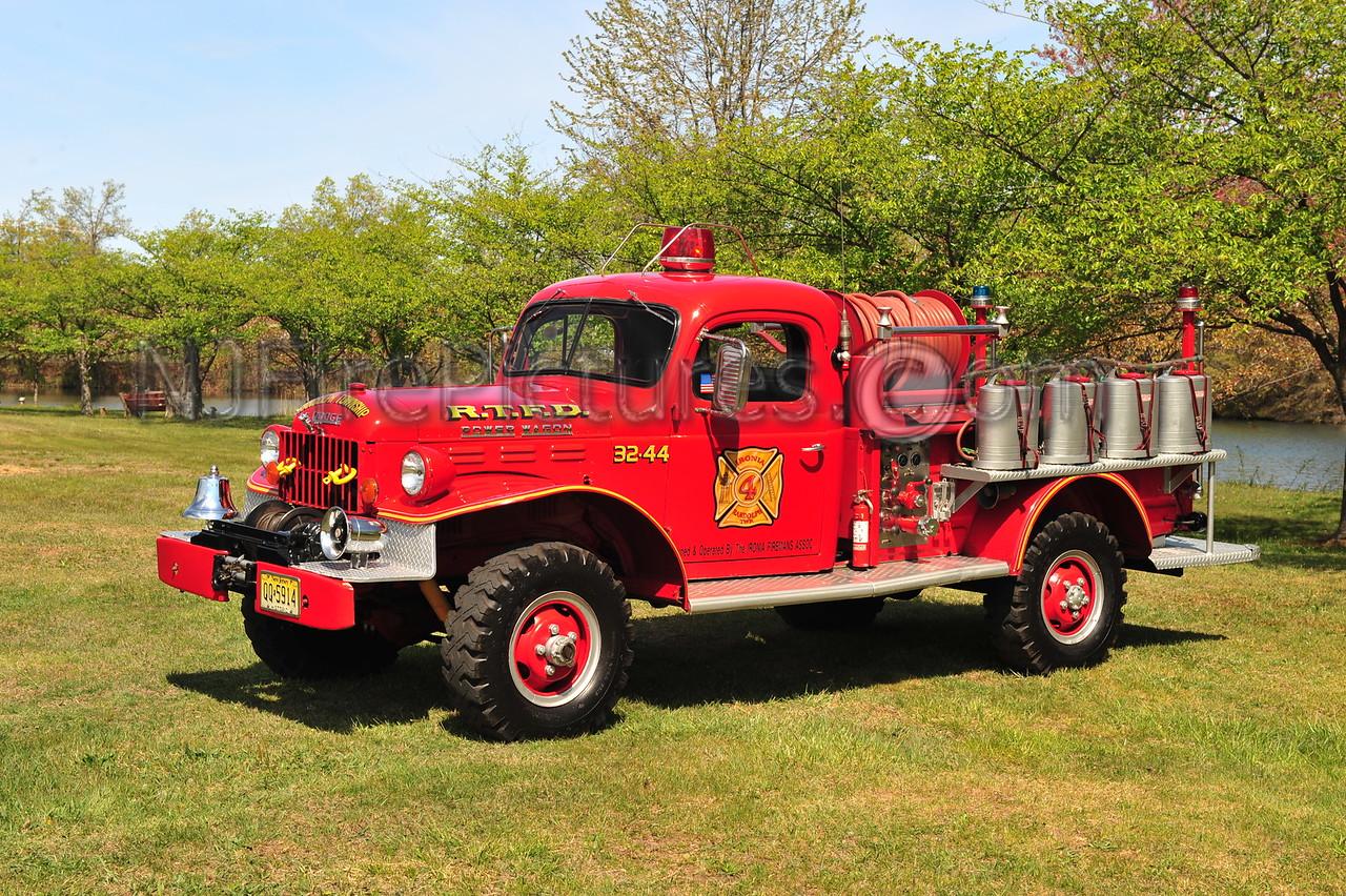RANDOLPH, NJ BRUSH 32-44 - 1964 DODGE POWER WAGON OWNED BY FIRE COMPANY