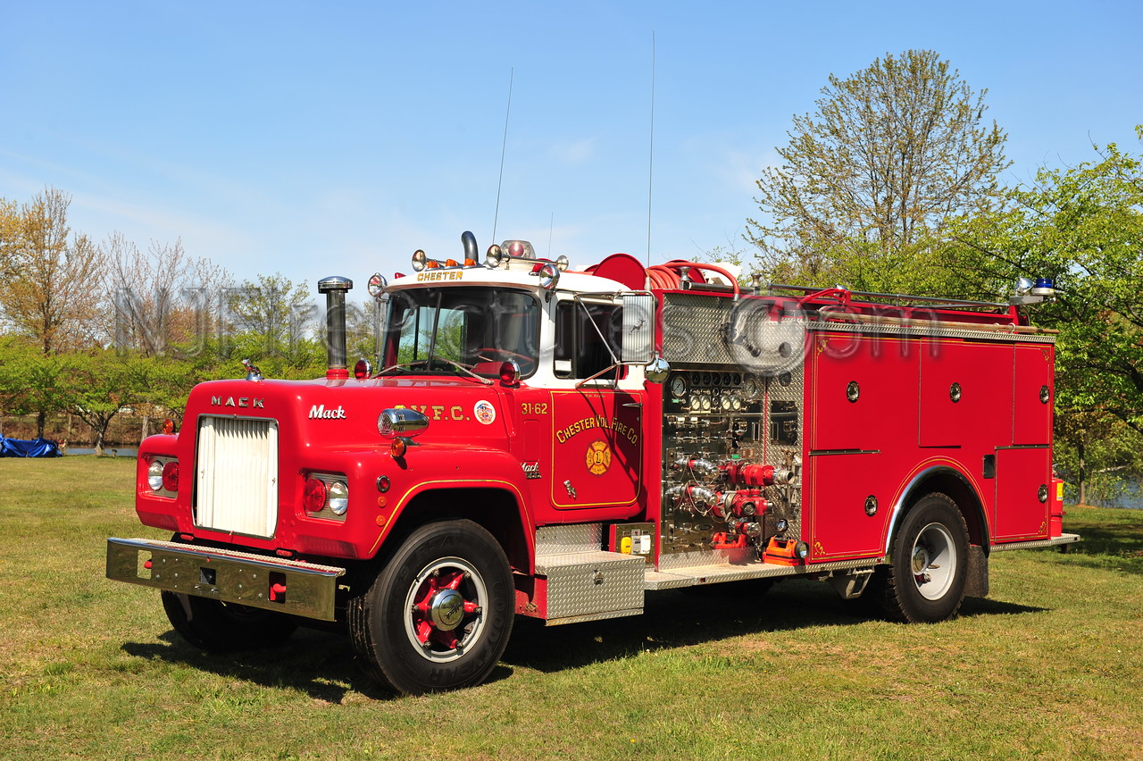 CHESTER, NJ ENGINE 31-62 - 1970 MACK R MODEL/PIERCE 1250/1000 NOW PRIVATELY OWNED