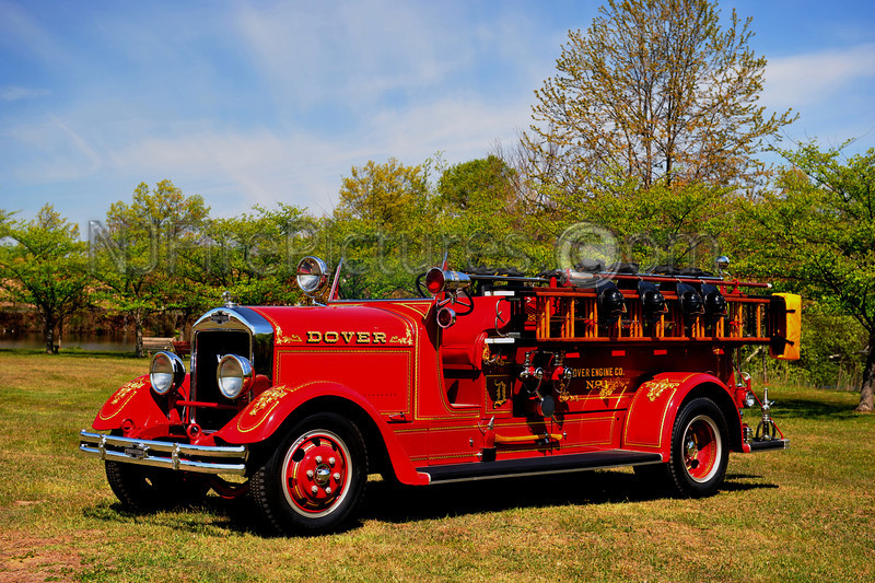 DOVER, NJ ENGINE 7 - 1937 AMERICAN LAFRANCE 750/200