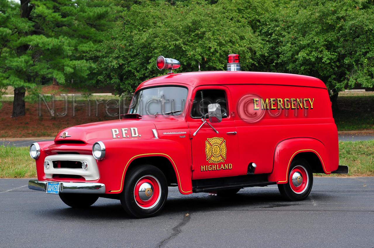 PENNSAUKEN, NJ (HIGHLAND FIRE CO.) - 1956 INTERNATIONAL S-110  OWNED BY KEITH KNIGHT