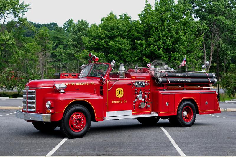 CLIFTON HEIGHTS, PA - 1955 AHRENS FOX 750/500