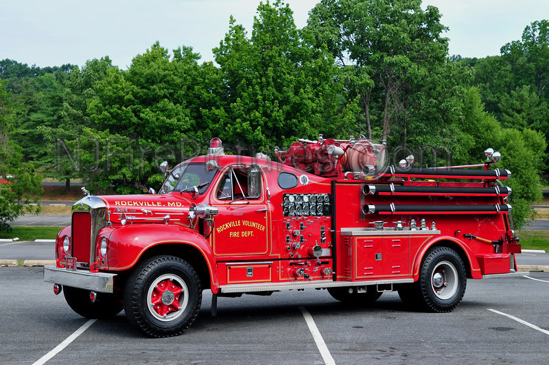 ROCKVILLE, MD - 1963 MACK B85F 750/500