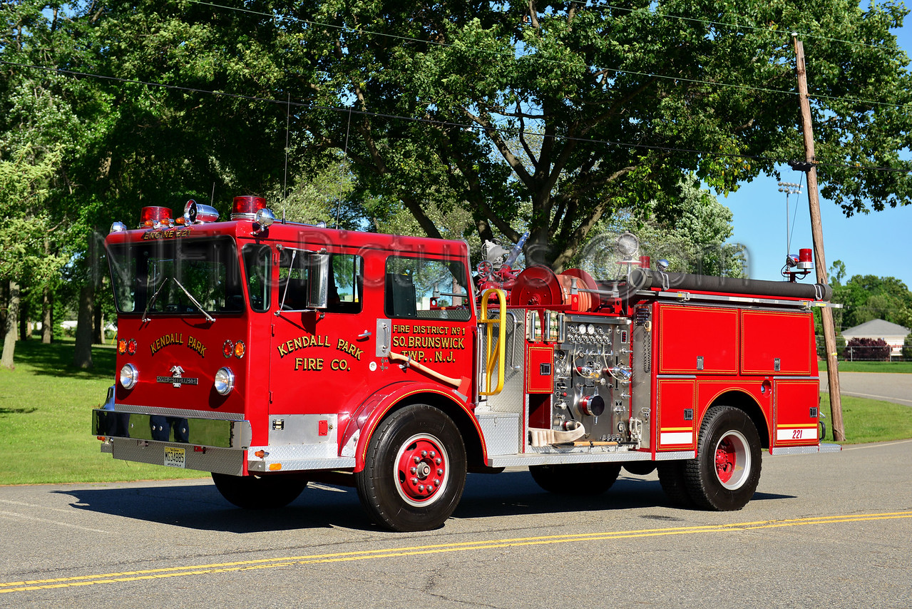 SOUTH BRUNSWICK NJ - KENDALL PARK ENGINE 221