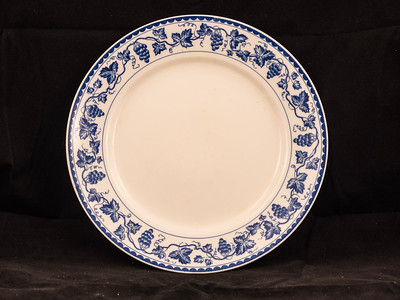 "Royal Sometuke - Nippon - ""Sicily"" 8 1/2 inch"