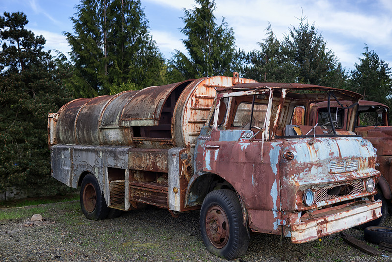 1963 Chevrolet Viking Pax-It Barrel Side Loader