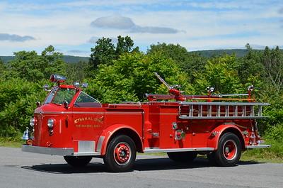Aetna Fire Co., Newark, DE Antique Engine: 1954 American LaFrance 750/300/30