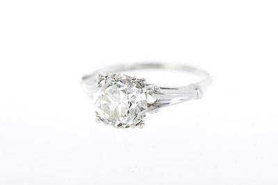 2.5 carat Old European Cut Diamond and Platinum Engagement Ring