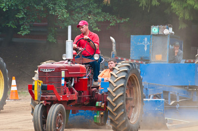 Threashing Bee09_034