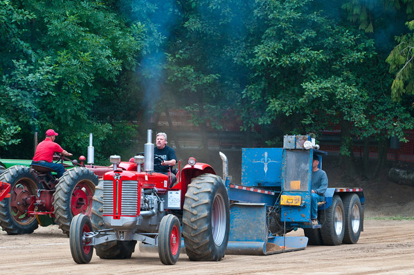 Threashing Bee09_030