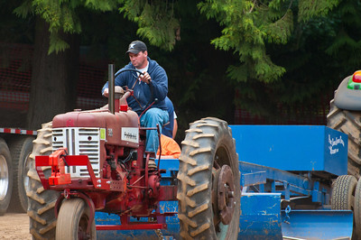 Threashing Bee09_043
