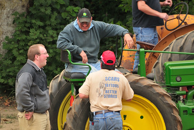 Threashing Bee09_001