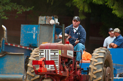 Threashing Bee09_045