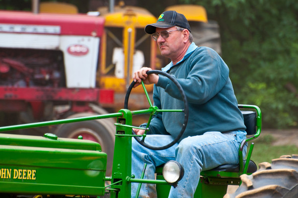 Threashing Bee09_008