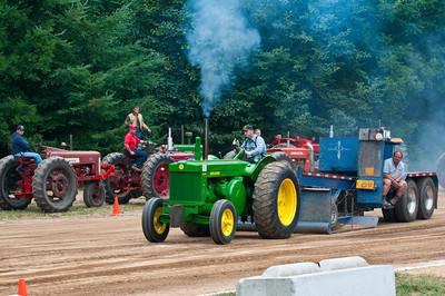 Threashing Bee09_025