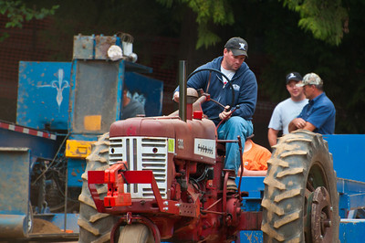 Threashing Bee09_044