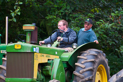 Threashing Bee09_015