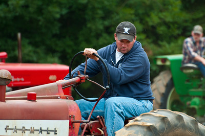 Threashing Bee09_049