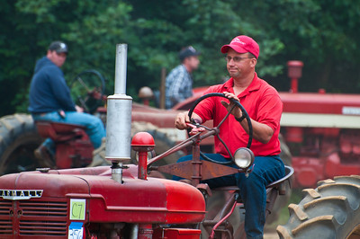 Threashing Bee09_037
