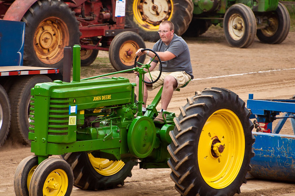 Tractor Pull 2010-002
