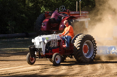 Threashing Bee 2012-132