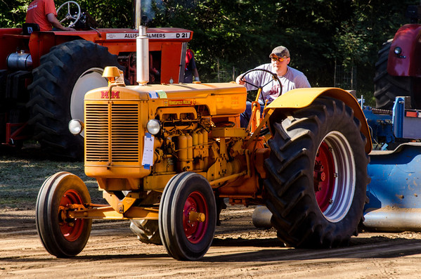 Threashing Bee 2012-141
