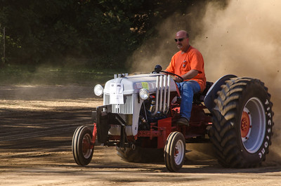Threashing Bee 2012-129