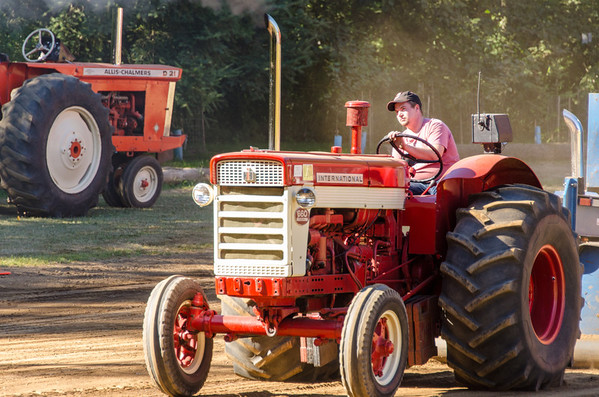 Threashing Bee 2012-150