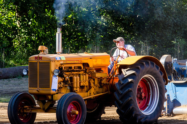 Threashing Bee 2012-142