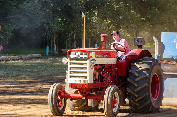 Threashing Bee 2012-149