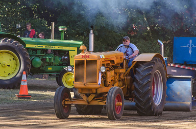 Threashing Bee 2012-137