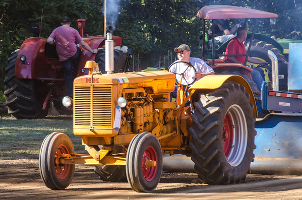 Threashing Bee 2012-139