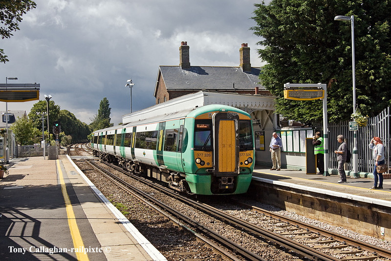 19th Jul 2011:  Southern's 377326 arrives at Angmerang with 2N22 the 13.29 frpm Portsmouth Harbour to Brighton
