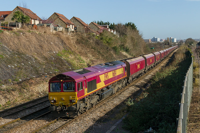 10th Mar 2015:  66154 working 4F23 from Avonmouth to Portbury  at Parson Street