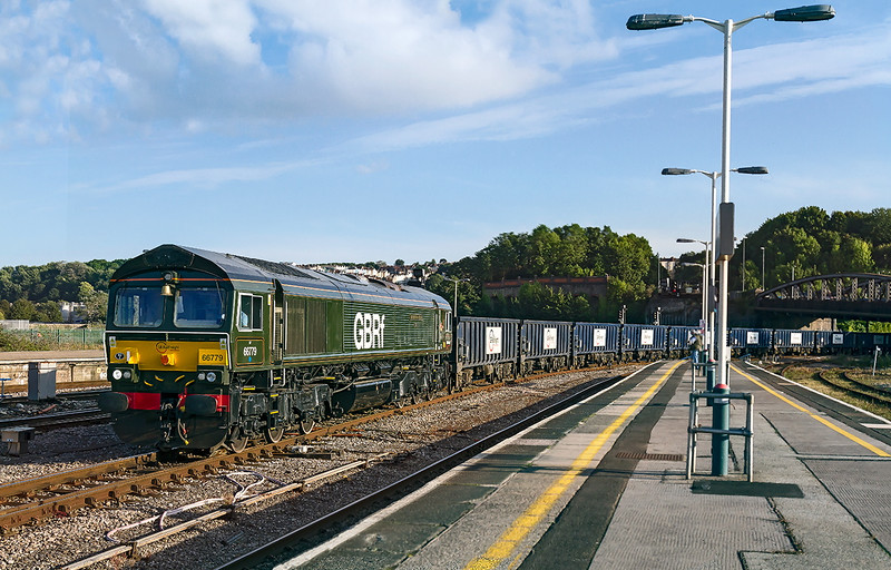 14th Sep 2016:  The empty Gypsun boxes that were deivered loaded to Portbury fron Gascoigne Wood in the morning are now empty and are being taken to Doncaster Hexthorpe.  Captured in lovely late afternoon light as it enters Bristol Temple Meads behind 66779 'Evening Star' the last of the class 66 that will be built