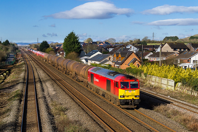 23rd Feb 2016:  6B13  is again in the hands of 60074 as it runs through Magor with the Robeston to Westerlrigh Murco oil tanks.  Rumour has it the DB Schenker will withdraw all the Class 60s by the end of this month.  What a travesty.