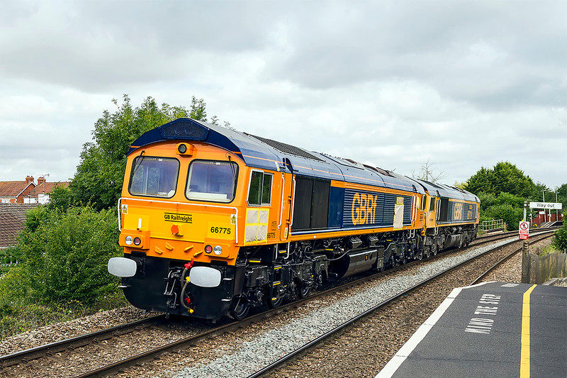 10th Jul 2017: Pictured at Dilton Marsh  66775 has cadged a lift behind 66719 working 0V40 from Eastleigh to Westbury.  Later it worked as 0Z31 to the Davenport Royal Dockyard where it is due to be named 'HMS Argyle'