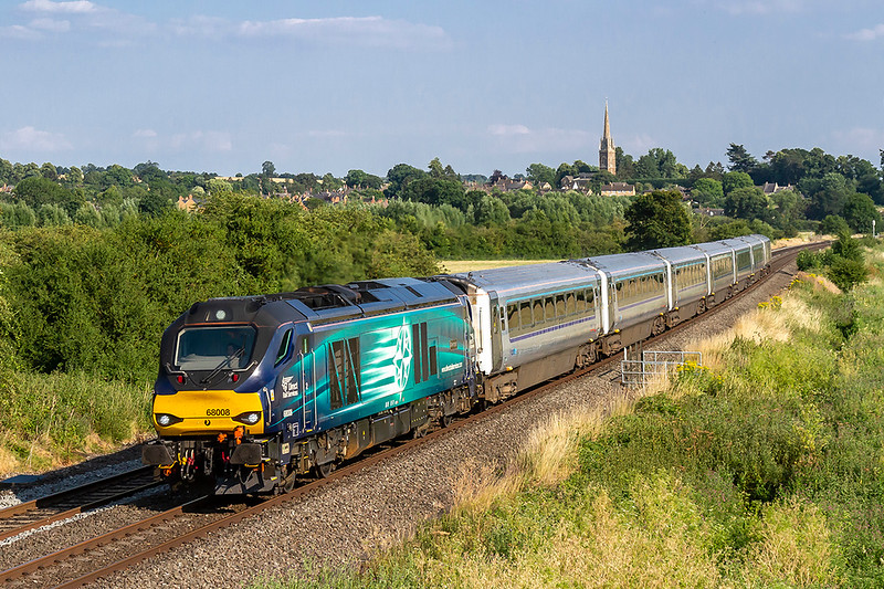 5th Jul 2018:  Nice to get a blue one on this service.  68008 'Avenger' on the point of 1K50 the 17.15 from Marylebone to Kidderminster passes through Kings Sutton