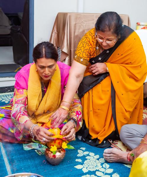 Anushka Haldi_0035