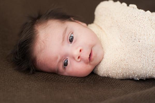 Anya Dua Newborn