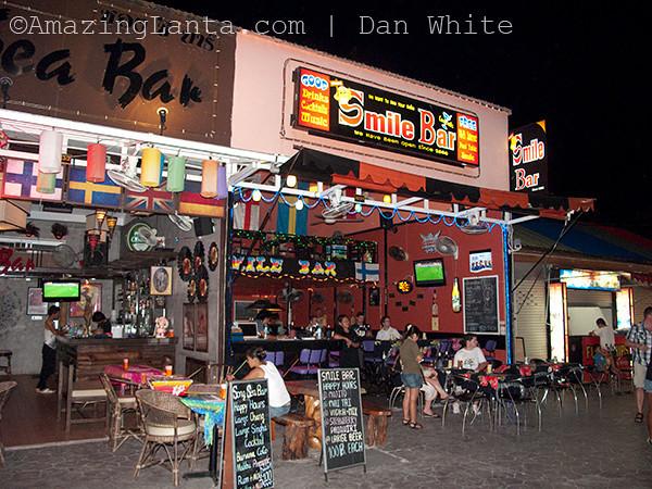 Nightlife.  Ao Nang. Krabi. Thailand.