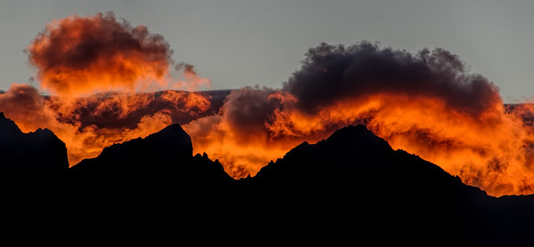 The Dragon Awakes Sunrise The Remarkables Queenstown New Zealand