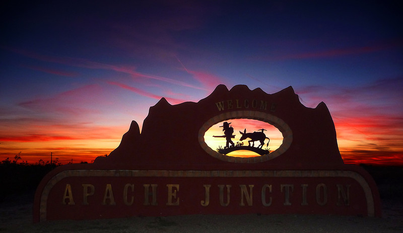 Entering Apache Junction on Hwy 88 from Canyon Lake on 12-1-2012